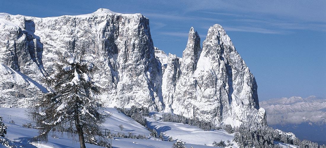Berg Schlern im Winter, Schnee, Seiser Alm