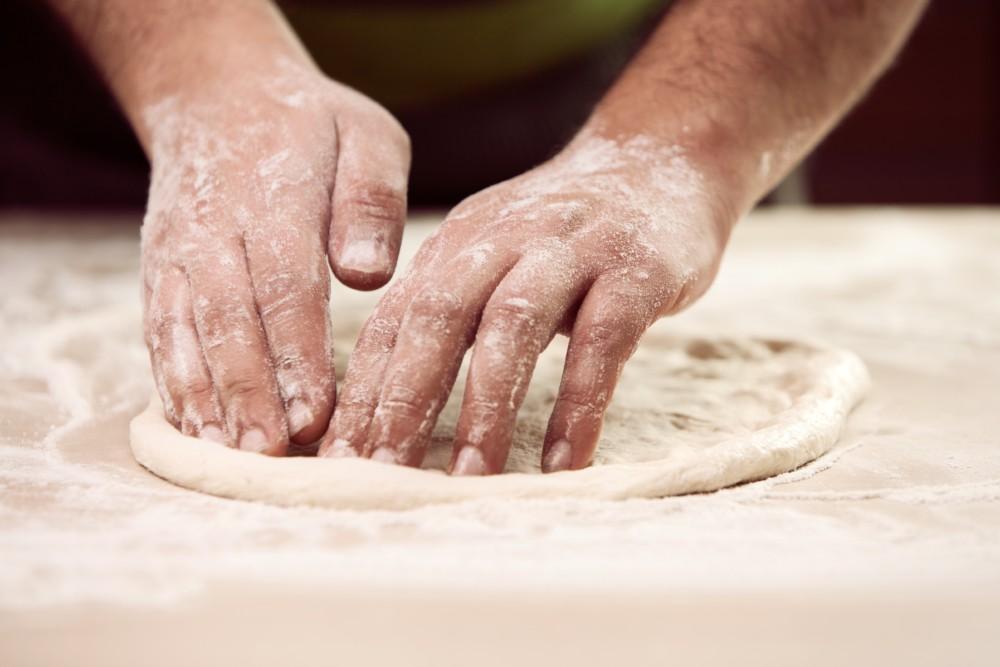 Zubereitung vom glutenfreien Pizzateig