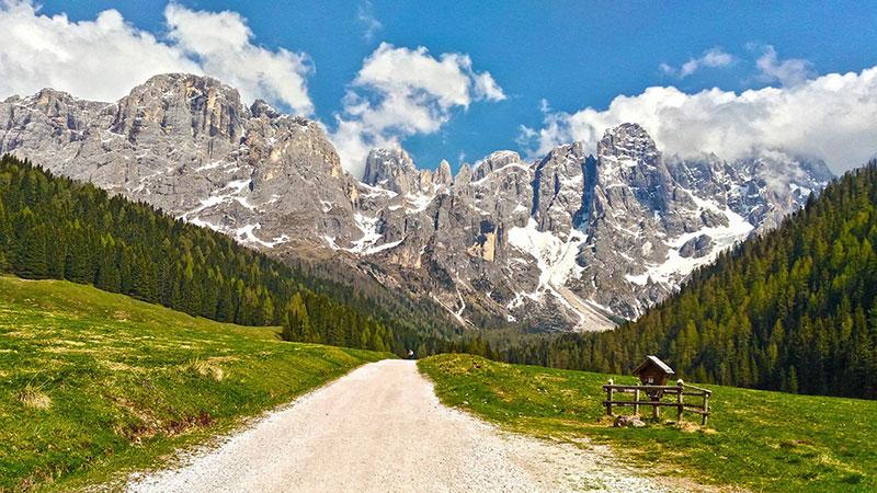 Wanderweg in Val Venegia Trentino Italien